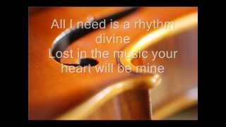 Enrique Iglesias - RHYTHM DIVINE (Lyrics Only)