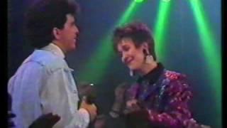 Ria Brieffies & Glenn Medeiros - Love Always Finds A Reason - Popformule