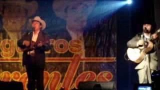 TITERE EN TUS MANOS www.myspace.com/huapanguerosdiferents