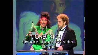 Lionel Richie Wins Favorite Pop Rock Video - AMAs 1987
