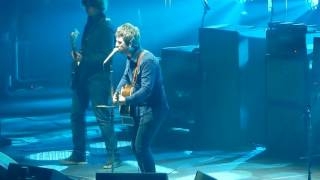 Noel Gallagher's High Flying Birds 'Wonderwall'