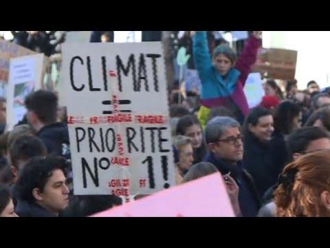 Paris joins world climate protests