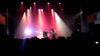 Billets en l'air - Mauvais Acte (Live)
