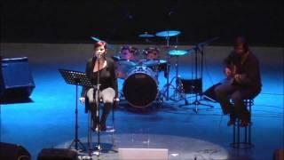 "Chove en Santiago (Luar Na Lubre Cover) by Wilma Joe at Beneficial Festival ""Pinto con Somalia"""