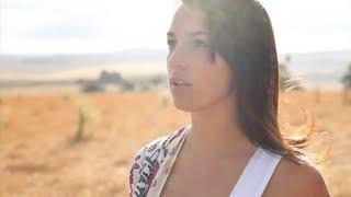 Bizarre Love Triangle - New Order (Marina Pont Acoustic Spanish Cover)