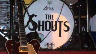 The Shouts  I Saw A Girl