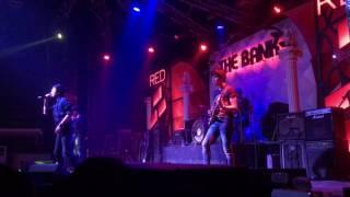 มันเป็นใคร Arabic rockband cover live the bank ลพบุรี