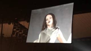 Rihanna - Pose Live - Anti World Tour, Jacksonville