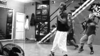 Pedro Dorta ( Chris Brown(  poppin) ) Clase Yufunk Dance School.wmv