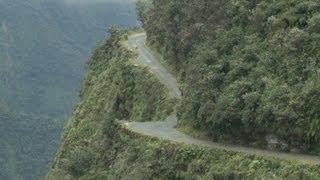 """""""Carretera de la muerte"""" en Bolivia"""