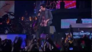 Luan Santana - Um Beijo (DVD ao Vivo RJ)