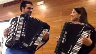 Rita Melo e Ricardo Laginha - Desgarrada em acordeão (acústico)