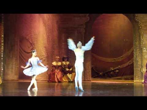 Bailarines de Rusia Brinda su espectaculo en Ukraine parte 9