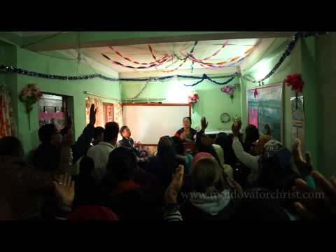 Church Worship in Nepal – Hosanna