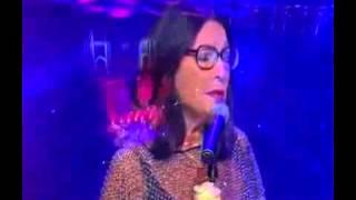 Nana Mouskouri  -   Loves  Changes  Everthing   - Royal  Albert  Hall  - 2007 -