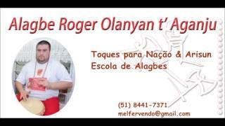 Alagbe Roger Olanyan ao vivo cantando para Oyá