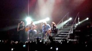 Aventura - La Tormenta ( Live Movistar Arena Santiago, Chile )