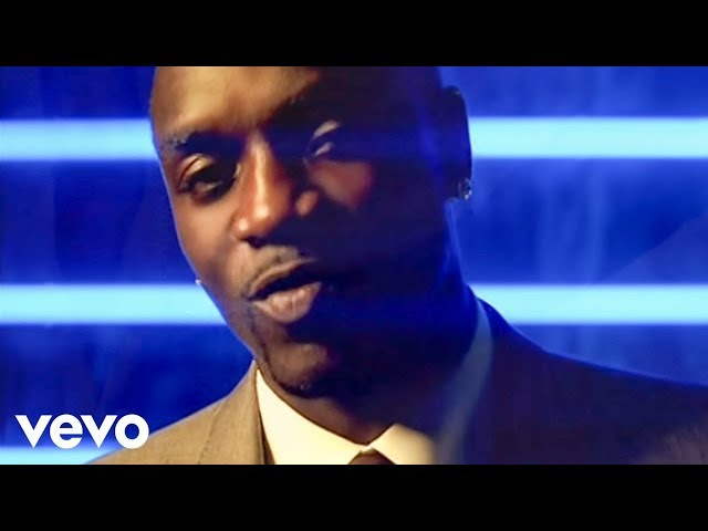 Video oficial de Right Now (Na Na Na) de Akon