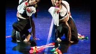 Ciganos de Circo - Dança Charivari (Lu Barcelos e Graça Moreira)