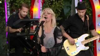 Veronica Maggio - Välkommen in (Allsång på Skansen)