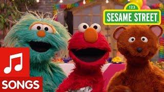 Sesame Street: Grandparents Song feat. Elmo, Rosita, and Baby Bear!