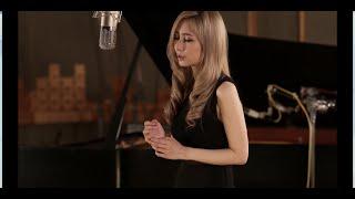 サラ・オレイン - Caruso with Takana Miyamoto on Piano | Sarah Àlainn