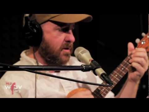 the-magnetic-fields-your-girlfriends-face-live-at-wfuv-wfuvradio