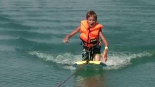 Bugyboard-Wakeboard kombináció a Balaton közepén!