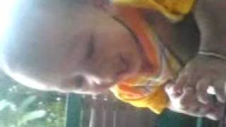 Alif Najmi F - Bounce ball laugh.3gp