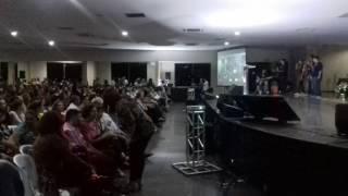 """Divaldo Franco - """"Harmonização musical"""" antes da Palestra - Rio Verde - Clube Dona Gercina-28/02/17"""