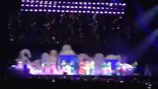 Lady Gaga - Bad Romance Live (Meydan Racecourse Dubai, 10/09/2014)