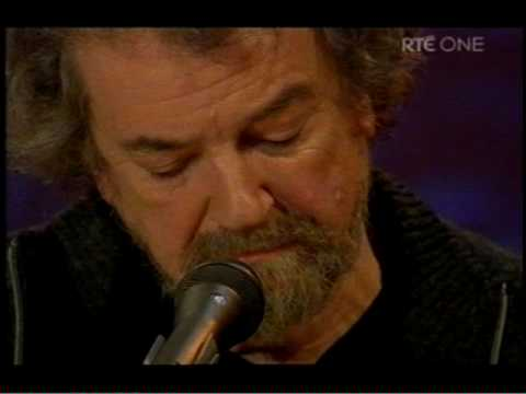 the-blacksmith-andy-irvine-donal-lunny-2009-mick-connell
