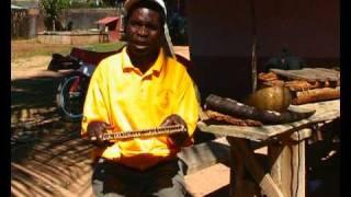 CHIQUITSI - instrumento tradicional de moçambique