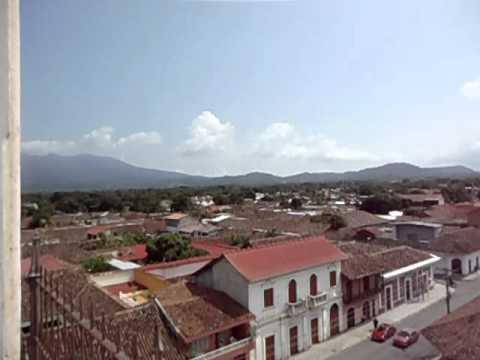 Ciudad de granada vista desde iglesia la Merced