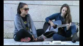 Shake It Out - Florence + The Machine (Covered by Bruna & Andrea)