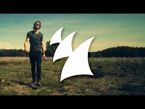 Sick Individuals feat. Stevie Appleton - Mrs.