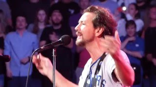 Pearl Jam - Save It For Later (Ed Smashes Guitar) - Tampa (April 11, 2016)