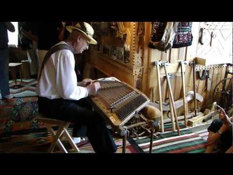 Mountain Music from Ukrainian Carpathians: Roman Kumlyk Plays Dulcimer