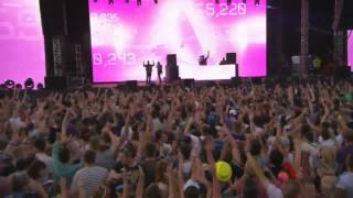 Nicky Romero ft Avicii - I Could Be The One (ID (Afrojack) Remix) Live at Creamfields 2013