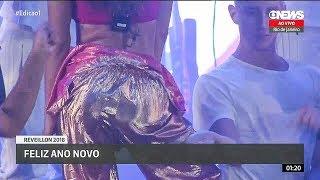 Anitta MOVIMENTO DA SANFONINHA Reveillon ao vivo em Copacabana - RJ [TRANSMISSÃO OFICIAL HD]