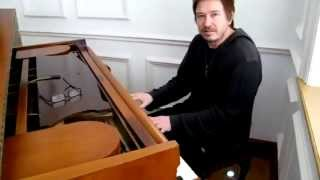 """Alan Wilder performs part of David Bowie's """"Life on Mars?"""""""