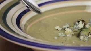 Βελούδινη σούπα με λαχανάκια Βρυξελλών & μπλε τυρί | FOOD VIDEOs