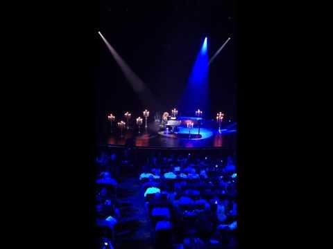 alicia-keys-blackbird-live-beatles-cover-lisnyc718
