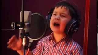 4 Yaşındaki Afgan Çocuktan inanıLmaz Ses ! Dikkat BagımLıLık Yapabilir !