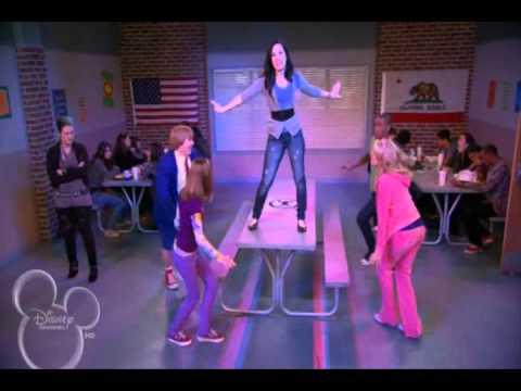 Estrellas En Ingles de High School Musical Letra y Video