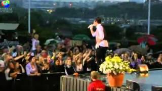 Eric Saade - Break of Dawn (Live Allsång på Skansen)