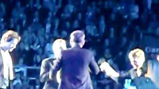 ROBBIE WILLIAMS / TAKE THAT - No Regrets - Copenhagen 15/07/2011