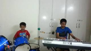 Green Day - Boulevard of broken dreams - Keyboard and drums cover