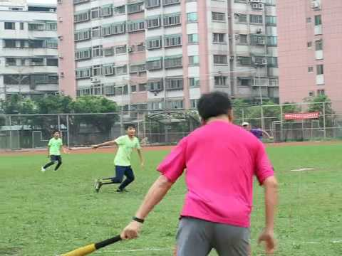 老師們打擊發揮...學生完美守備
