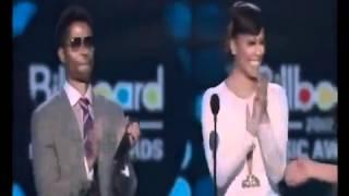 Chris Brown - Turn UpThe Music/Don't Wake Me Up (Live BET Awards 2012)